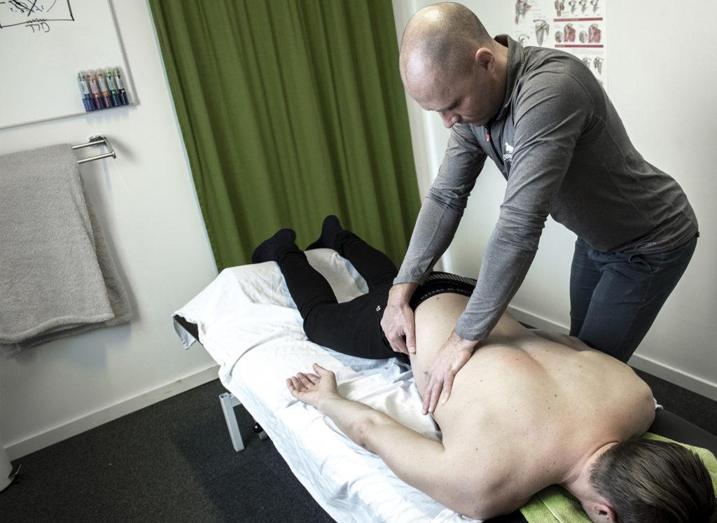 Billede af behandling på briks i Kolding